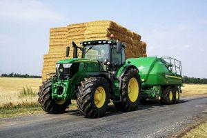 Fundierte Fahrausbildung in den Traktor-Klassen bei der Fahrschule Bock